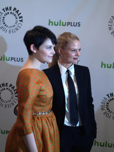 Jennifer Morrison and Ginnifer Goodwin - Paley Fest