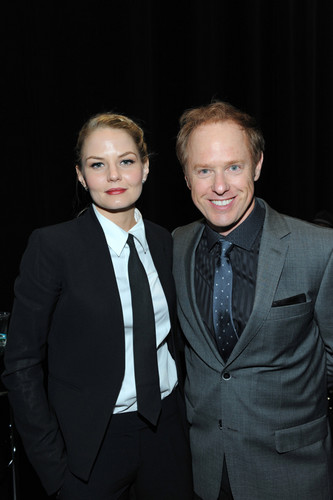 Jennifer Morrison and Raphael Sbarge