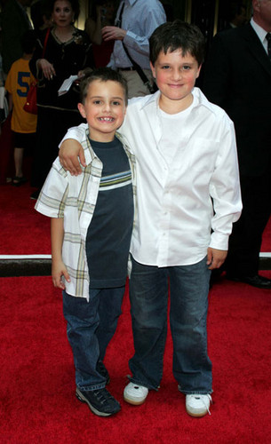 Josh Hutcherson with his brother Connor