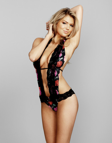 Wanita cantik kertas dinding containing a maillot and a baju renang entitled Kate upton