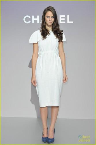 Kaya Scodelario: Chanel Showstopper