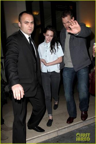 Kristen Stewart & Robert Pattinson: Parisian avondeten, diner Date!