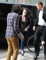 Kristen Stewart & Robert Pattinson out and about in Paris, France - March 5, 2012. - kristen-stewart photo