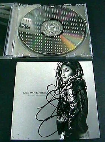 Lisa's autographs