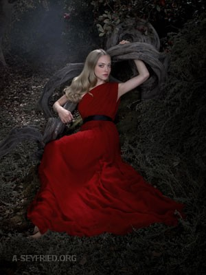 "New/Old outtakes from Amanda's photoshoot promoting ""Red Riding Hood"""