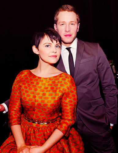 Once Upon A Time fond d'écran possibly with a well dressed person and a business suit called PaleyFest 2012