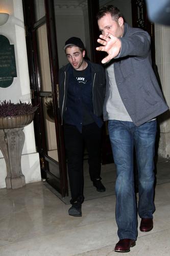 Robert Pattinson in Paris (March 3)