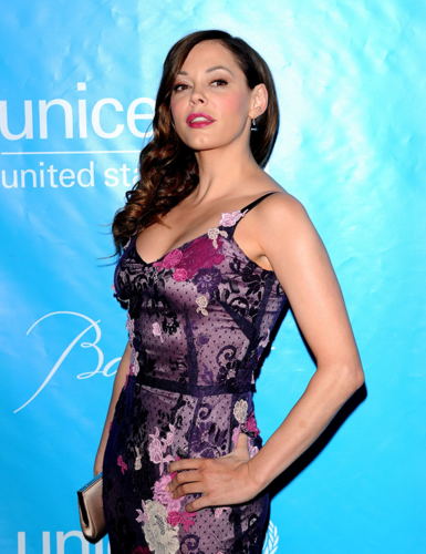 Rose McGowan wallpaper called Rose - 2011 UNICEF Ball, December 8, 2011