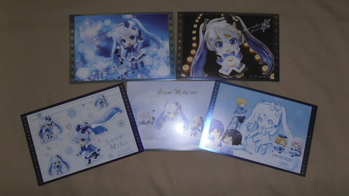 Hatsune Miku Hintergrund entitled Snow Miku Merchendise