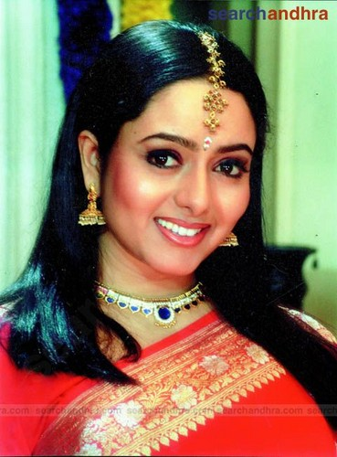Soundarya- Sowmya (18 July 1973 - 17 April 2004