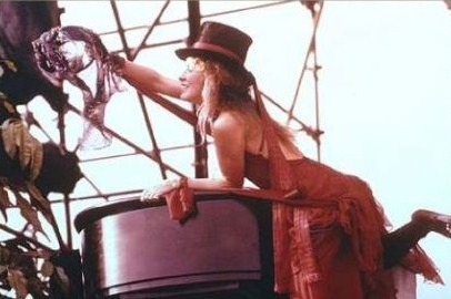 Stevie In A superiore, in alto Hat