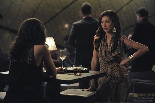 Jane 의해 디자인 바탕화면 probably with a brasserie, a 공식 만찬, 저녁 식사 table, and a 작은 레스토랑, 비스트로 called The Getaway (s01e09)