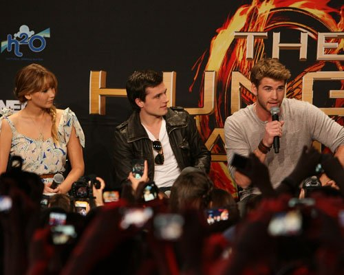 The Hunger Games LA Mall Tour
