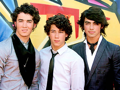 The Jonas Brothers - The Jonas Brothers (JB) Photo (29554505 ...the jonas brothers 