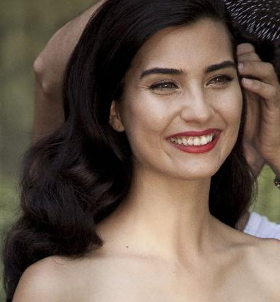 Tuba Buykustun - Turkish Actors and Actresses Photo (29579787