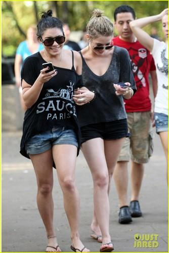 Vanessa Hudgens & Ashley Benson: Soaking Wet at Busch Gardens!
