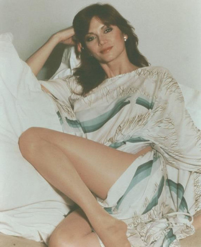 Victoria Principal - retro-and-vintage-pinup-models Photo