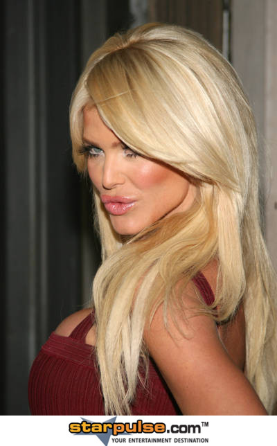 Victoria Silvstedt <3 - victoria-silvstedt Photo - Victoria-Silvstedt-3-victoria-silvstedt-29562146-400-644