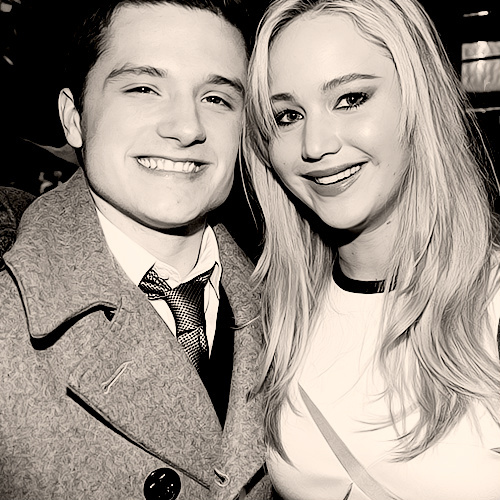 jennifer-lawrence-and-josh-hutcherson PhotoJosh Hutcherson And Jennifer Lawrence Together