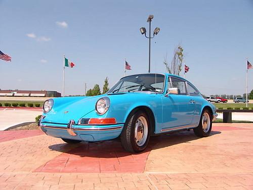 1970 pastel blue Porsche 911