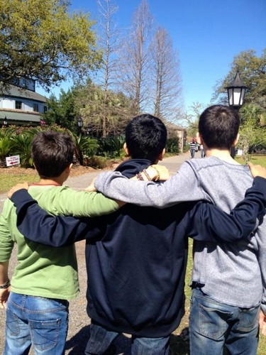 Asa and the Ender's Game boys at a zoo in new orleans