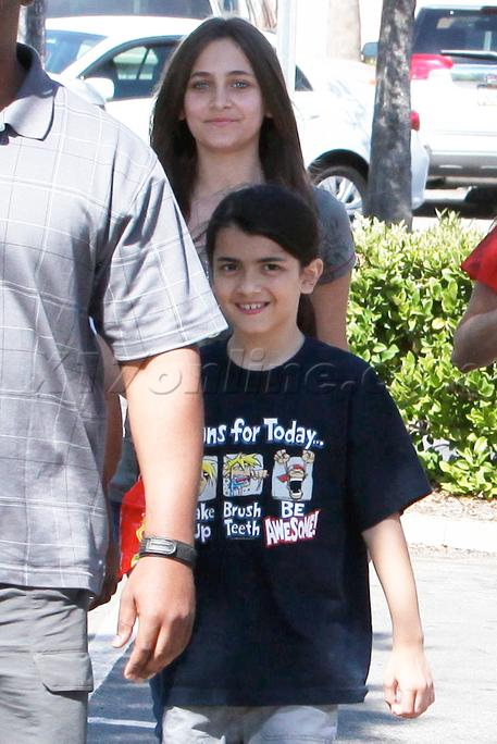 Paris Jackson with her little brother Blanket Jackson at the Commons Movie in Calabasas