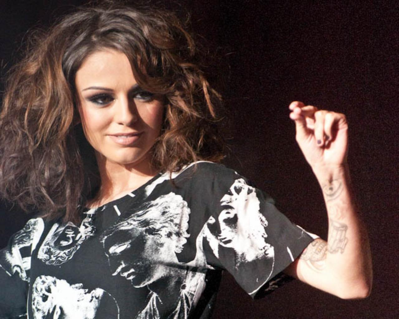 Cherlloyd Cher Lloyd 壁紙 ファンポップ
