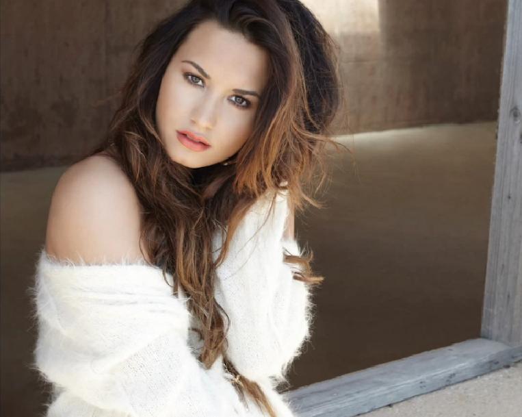 Demi Lovato Cute Pics 2012 Demi 2012 - Demi Lovat...