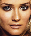 Diane Kruger smokey eye makeup