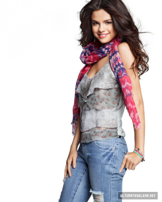 Dream Out Loud Spring Collection 2012   Selena Gomez Photo