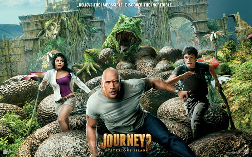 """Dwayne """"The Rock"""" Johnson پیپر وال with a triceratops, a green beret, وردی, and فتاگیس entitled Dwayne Johnson ♥"""