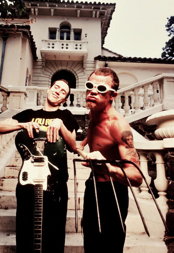 Fru &amp; Flea - red-hot-chili-peppers Photo