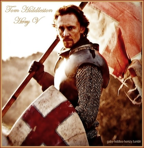 Tom Hiddleston wallpaper possibly containing a shield and a surcoat called Henry V