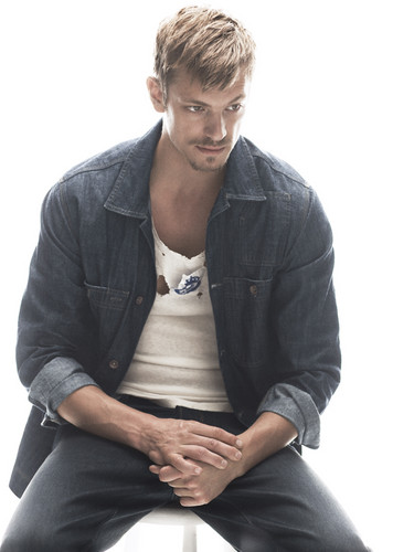 Joel Kinnaman wallpaper entitled Joel Kinnaman - Café Magazine - 2010