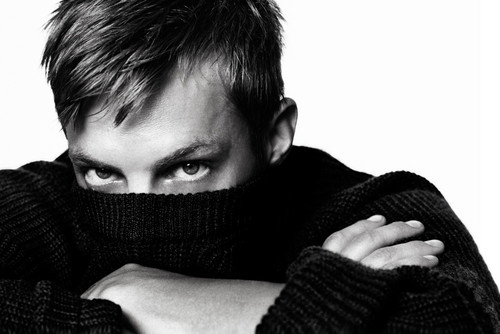Joel Kinnaman वॉलपेपर called Joel Kinnaman - Café Magazine - 2010