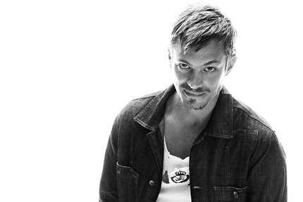 Joel Kinnaman wallpaper called Joel Kinnaman - Café Magazine - 2010