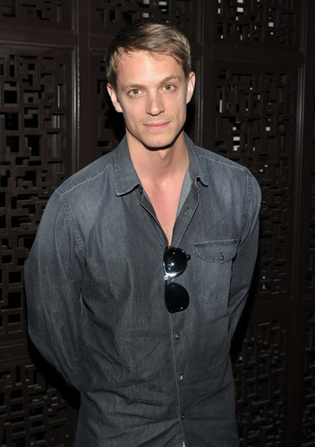 "Joel Kinnaman fondo de pantalla probably containing a business suit entitled Joel -The Cinema Society With Alice+Olivia Host A Screening Of ""The Art Of Getting By"" - After Party"