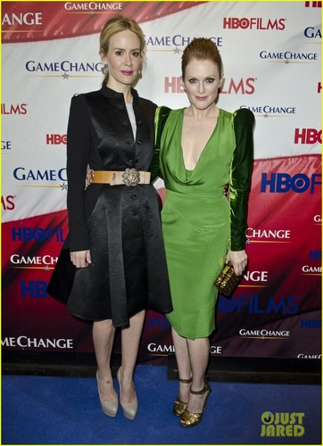 Julianne Moore: Green for 'Game Change' Washington Premiere