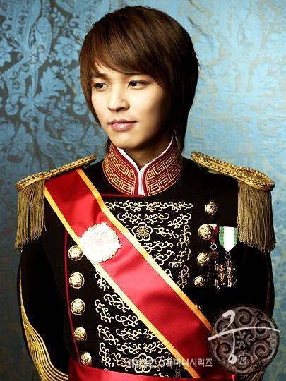 Kim-Jeong-Hoon-kim-jeong-hoon-29647030-405-540.jpg
