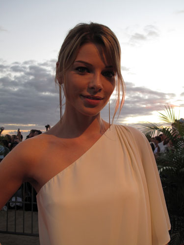 Lauren German on the Hawaii Five-0 Season 2 Premiere