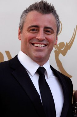 Matt le blanc Hintergrund containing a business suit and a suit called Matt le blanc