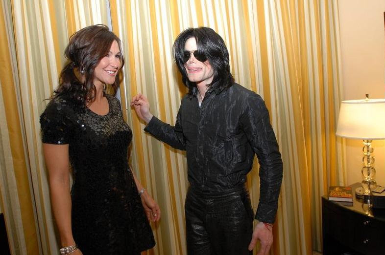Michael Jackson with his 粉丝