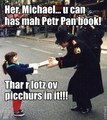 Michael meets a little girl in Paris!