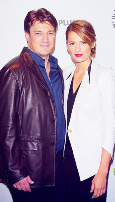 Nathan Fillion & Stana Katic wallpaper called Nathan & Stana - Paleyfest 2012