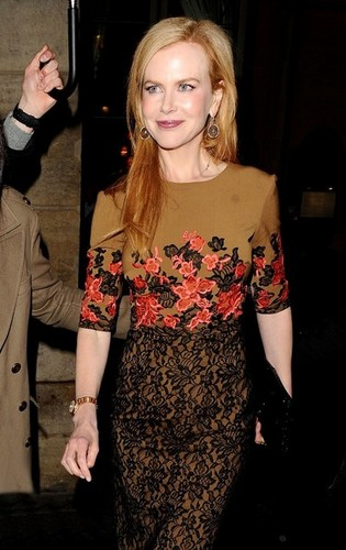 Nicole Kidman @ Paris Fashion Week - actresses Photo