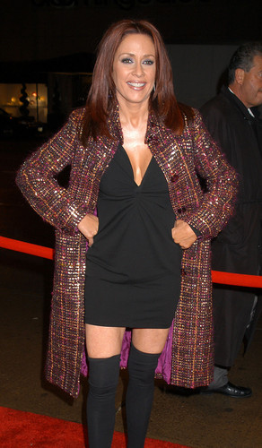 Патриция Хитон Обои probably with a hip boot, an outerwear, and a box пальто entitled Patricia Heaton