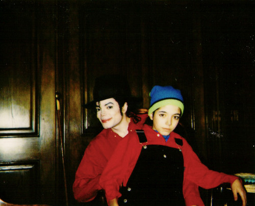 Personal picha of Michael Jackson and Omer Bhatti