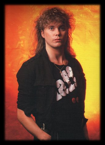 Rick Savage wallpaper probably with a concert entitled Sav