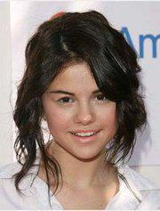Selena Gomez with out makeup O.o