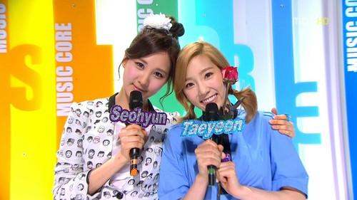 Seohyun TaeNyHyun MCing musik Core Screencap